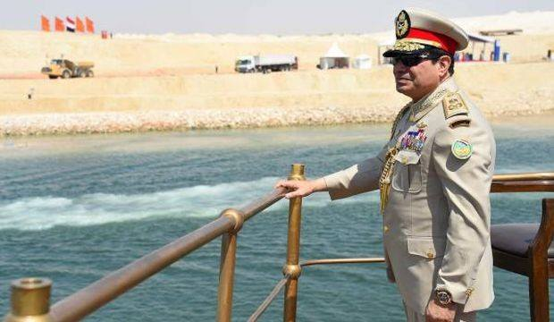 Sisi_And_Suez_Canal